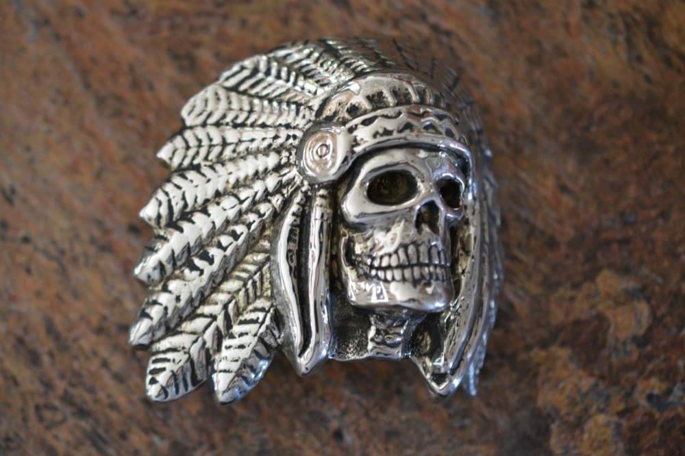 Headress and Skull Belt Buckle in White or Gold Bronze ...
