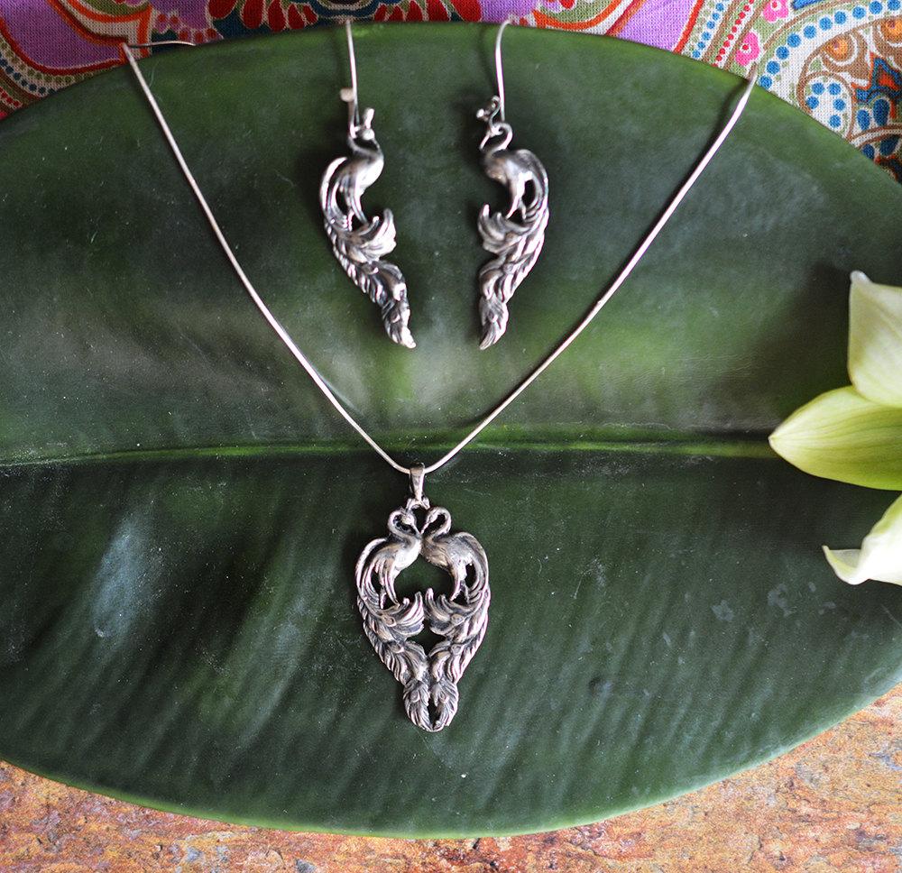 dd06ca071 Vintage Heirloom Peacock Earrings & Necklace Set in Sterling Silver ...